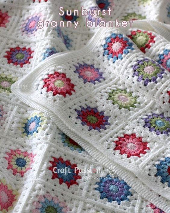 Sunburst Granny Square Banket - best free crochet blanket patterns - www.feedourlife.blog