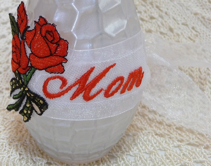 A rose is for mothers day free embroidery design brought to you by www.feedourlife.blog