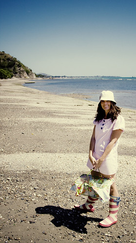 FREE PATTERN - Beach Picnic Dress - by Sewing in No Mans Land and brought to you by www.feedourlife.blog