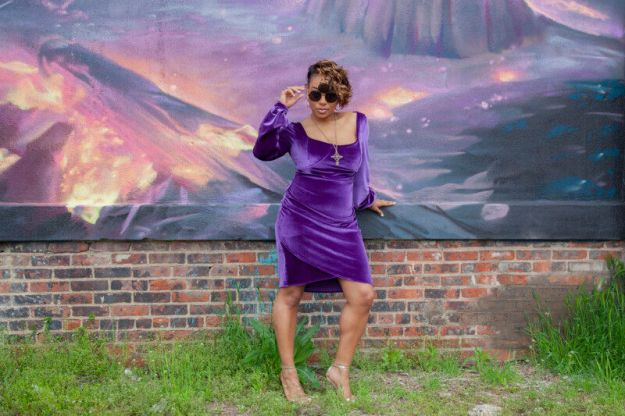 FREE PATTERN - Bellium Dress Pattern - by Mood Sewciety and brought to you by www.feedourlife.blog