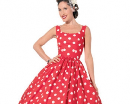 FREE PATTERN - Bette Dress by Sew Mag and brought to you by www.feedourlife.blog
