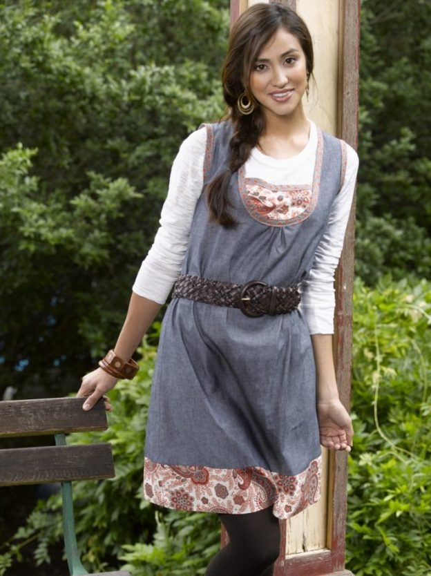 FREE PATTERN - Easy to sew Shift Dress - Threads Magasine and brought to you by www.feedourlife.blog