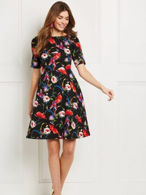 FREE PATTERN - Fit and Flare Dress - by Love Sewing Mag and brought to you by www.feedourlife.blog