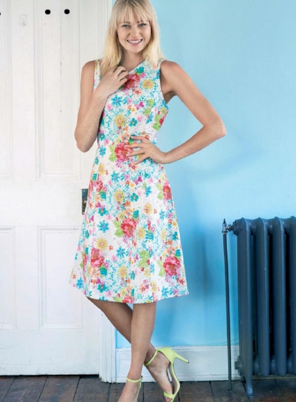 FREE PATTERN - Fitted Dress by Sew Mag and brought to you by www.feedourlife.blog