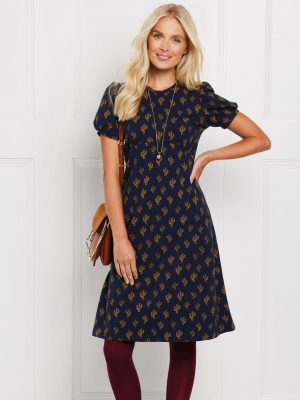 FREE PATTERN - Jersey Tea Dress - by Love Sewing Mag and brought to you by www.feedourlife.blog