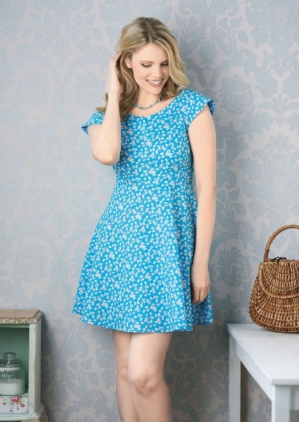 FREE PATTERN - Betty Dress by Tessa Evelegh and brought to you by www.feedourlife.blog