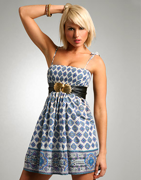 FREE PATTERN - Shirred Border Print Sundress - by the Weekend Designer and brought to you by www.feedourlife.blog